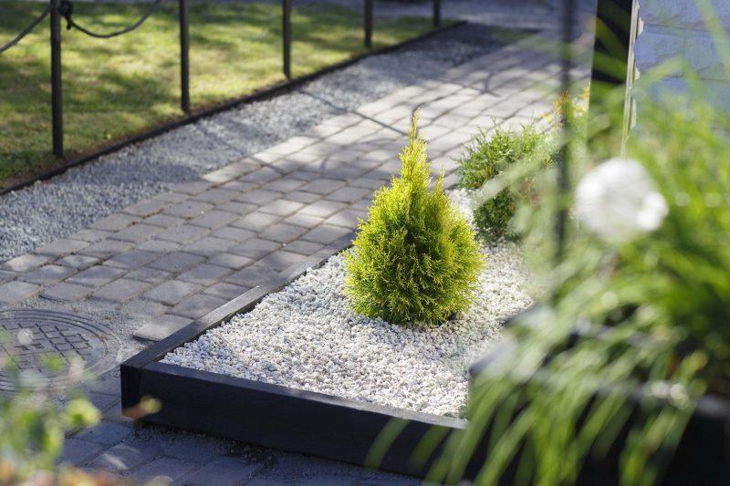 Pihan viimeistely: uusi ilme koristekivillä