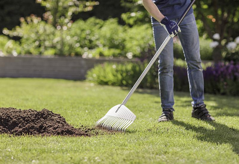 Helpot vinkit vihreälle nurmikolle osa 4 Miten saan nurmikon kasvamaan paremmin Kekkilä
