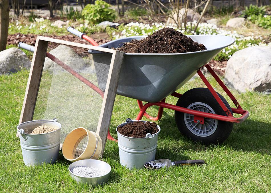 Kompostoi omaa multaa, multaseos kompostista